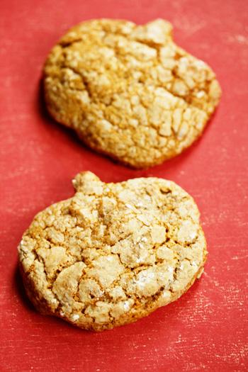 pumpkin-peanut-cookies