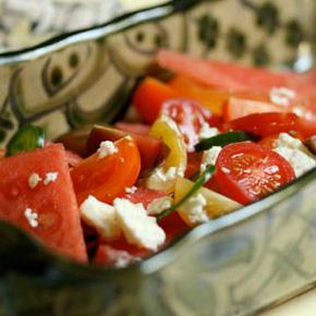 watermelon-tomato-salad