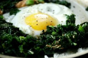 eggs-n-kale1-610x406