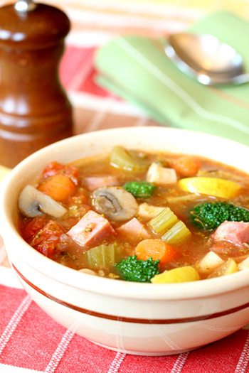 Hearty Vegetable Ham Soup